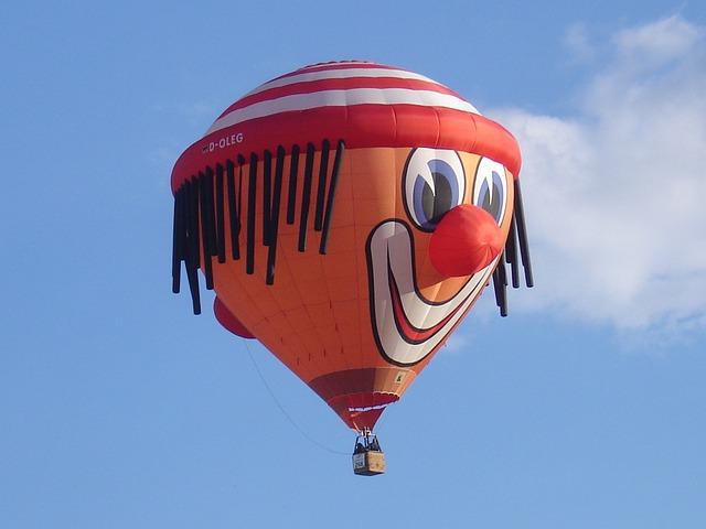 Airventure - Hot-Air-Balloon - Funny